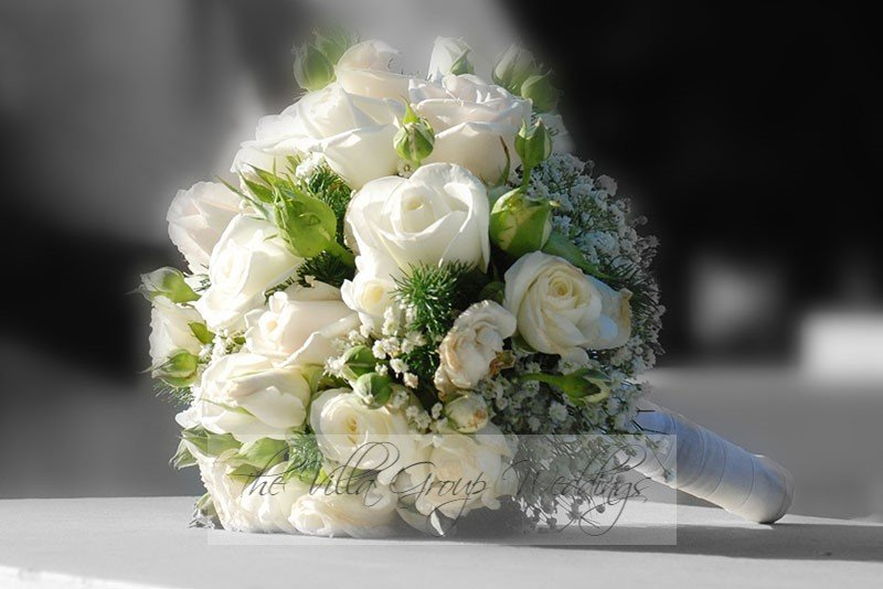 flowers-for-your-cyprus-villa-wedding_full_1