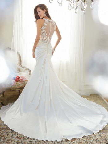 Y11566_bk_Designer-Wedding-Dresses-2015-350x467